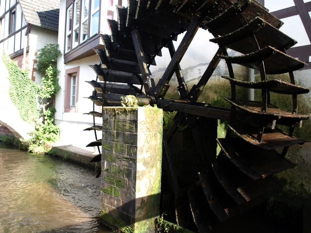 es klappert die Mühle am rauschenden Bach.....