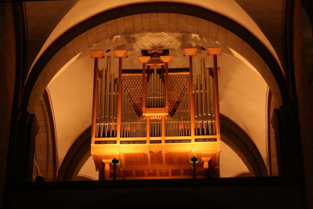 Es orgelt so schön (Kloster Maria Laach)