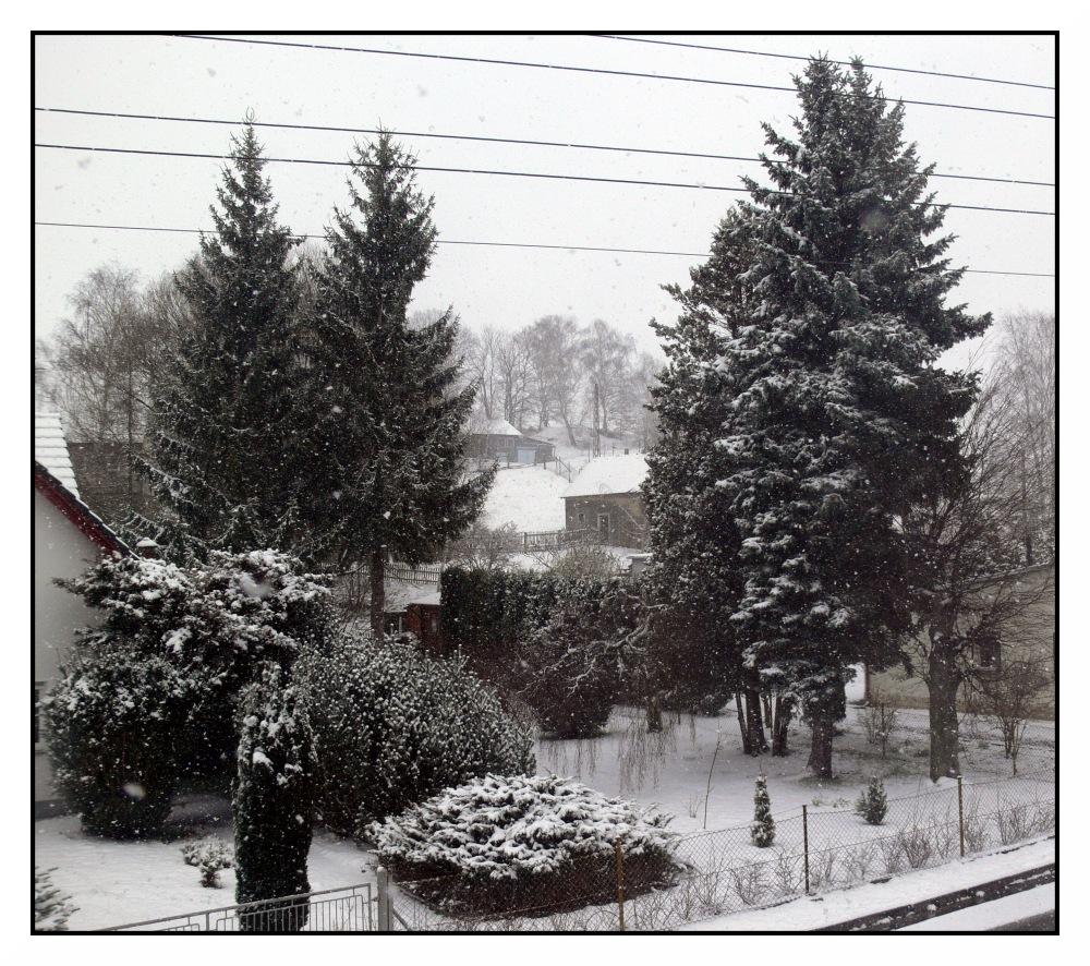 Es schneit immer noch