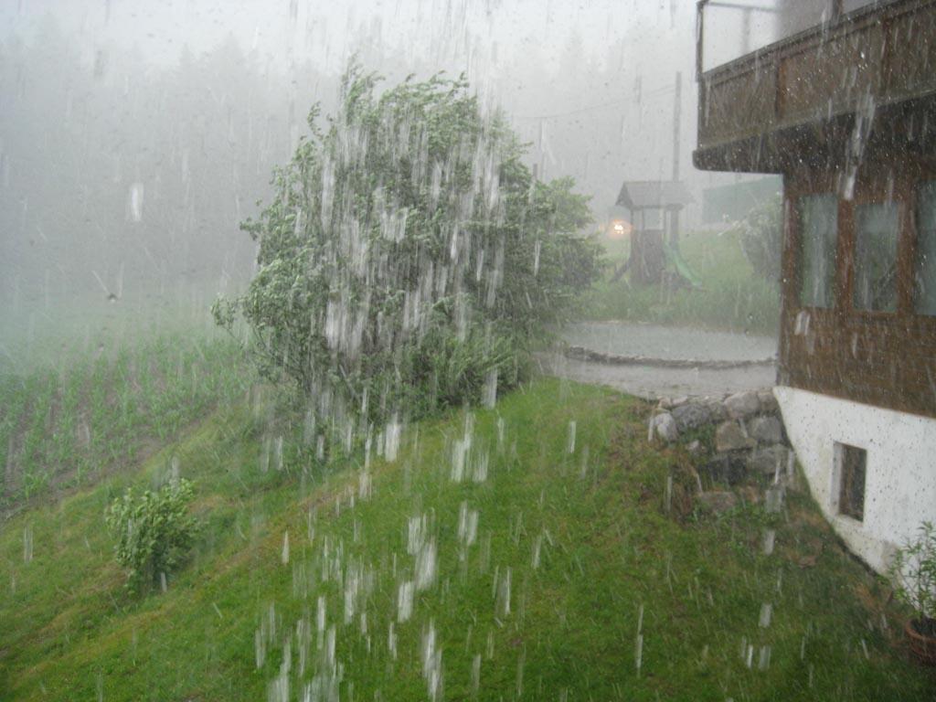 Es schüttet