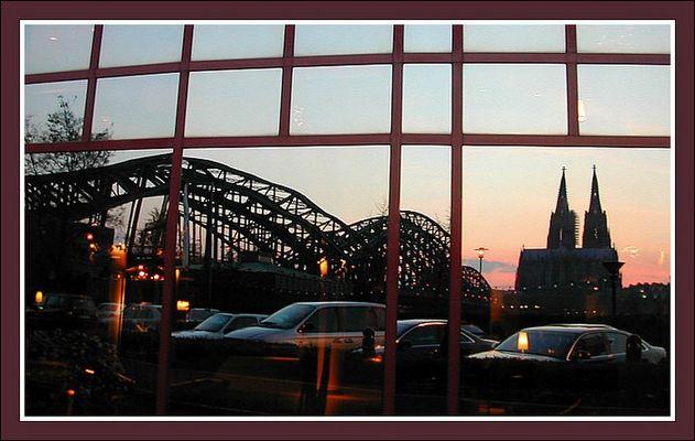 Es wird Abend am Hyatt Köln