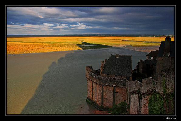 Es wird Abend am Mont-Saint-Michel