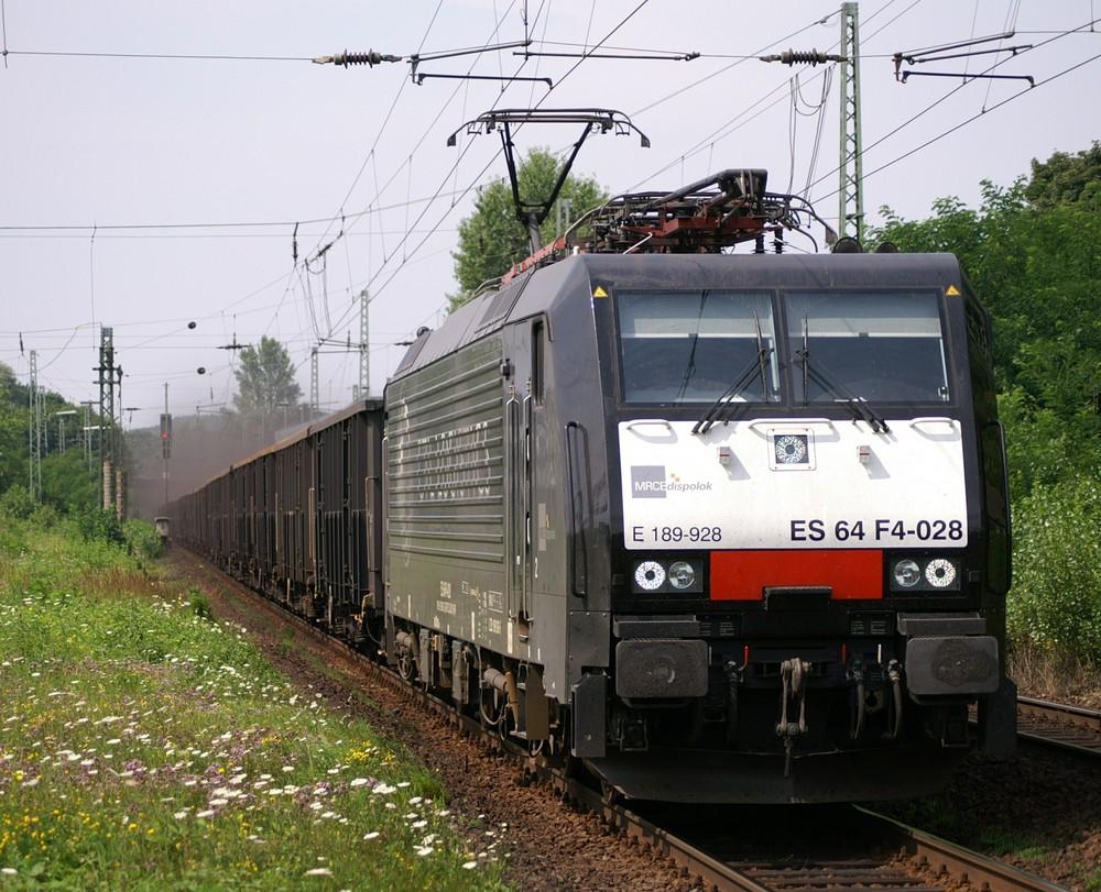 ES64 F4-028