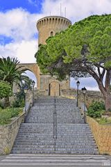 Escaleras al Castillo de Bellver