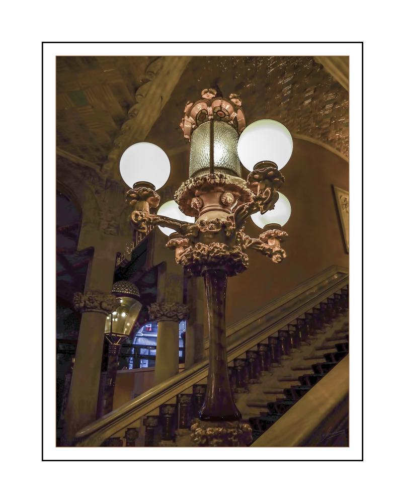 Escaleras laterales Palau de la Música (Barcelona)