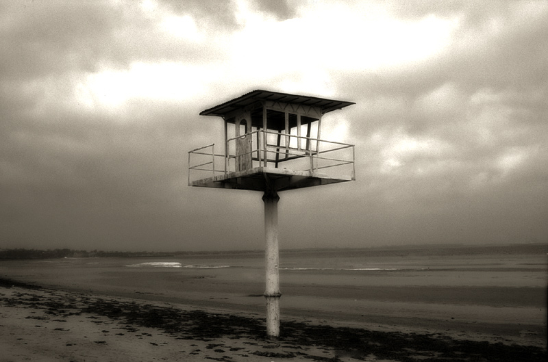 escape tower - old and alone