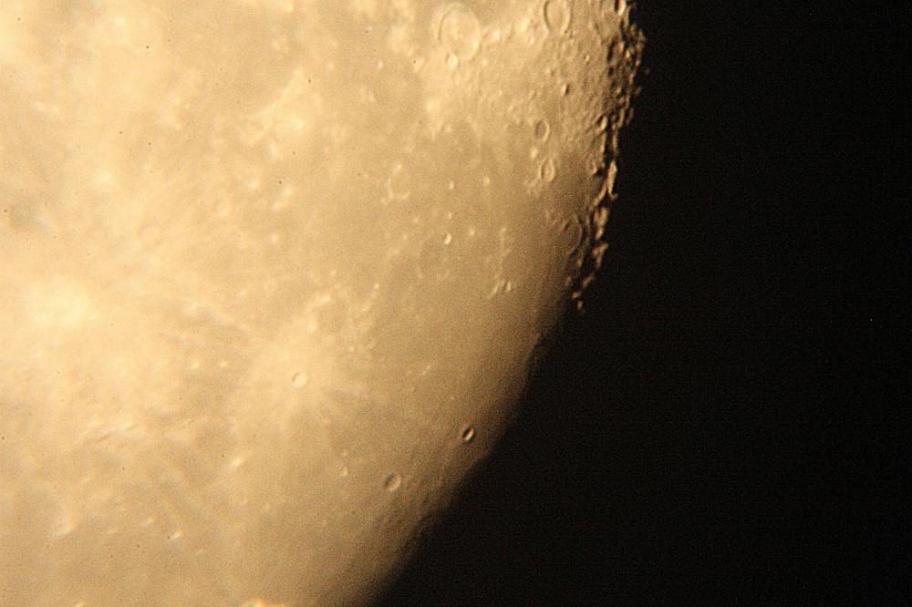 eschenbach teleskop & EOS 450D erste Versuche
