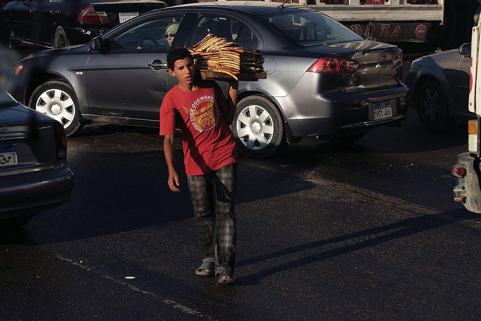 Essen auf der Ringstrasse von Kairo