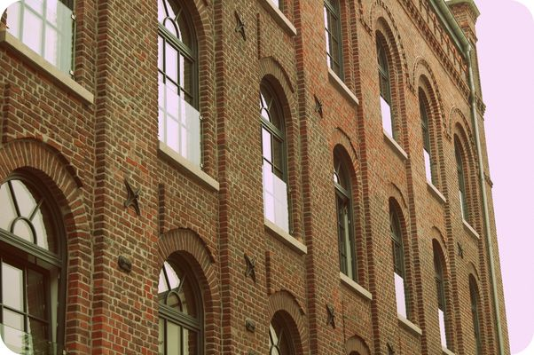 Essen - Kettwig, Hausfassade - Klinkerbau, Rinderbacher Mühle