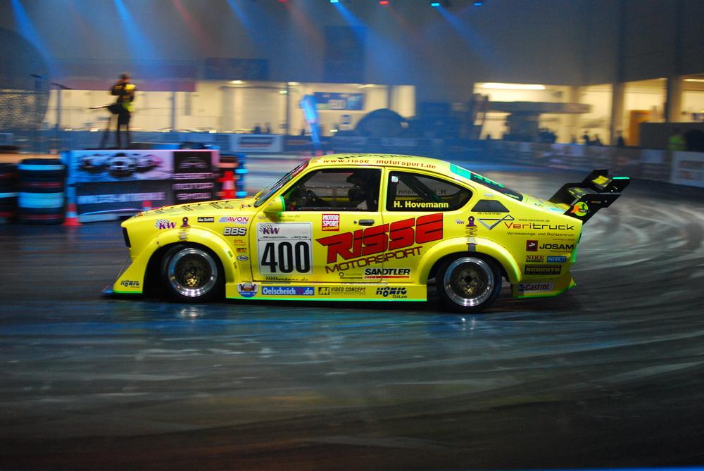 Essen Motor Show 2010 - Opel