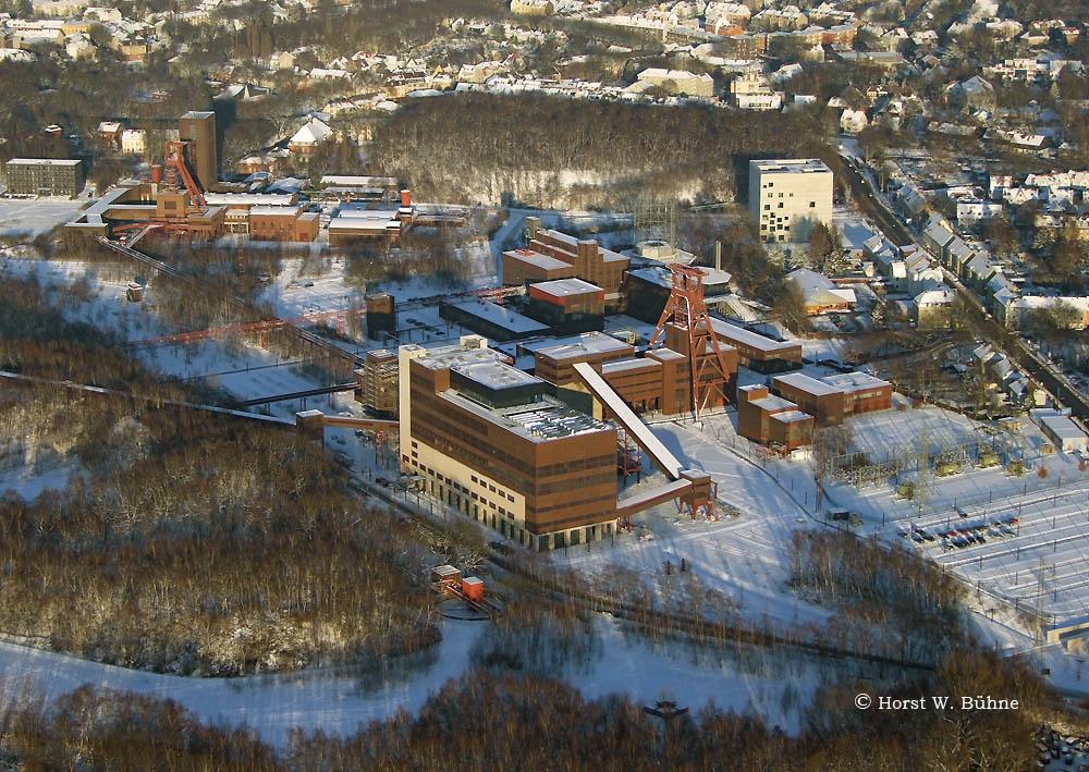 "Essen-Stoppenberg/Katernberg, Weltkulturerbe ""Zeche Zollverein"" im Schnee"