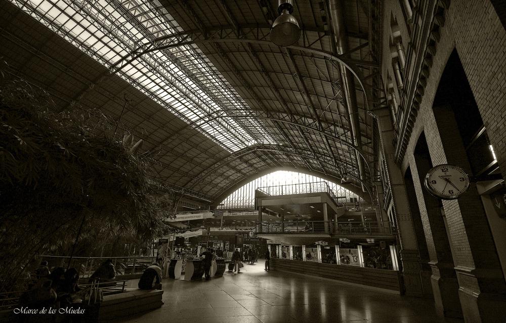 ...Estación de Atocha 2 BN...