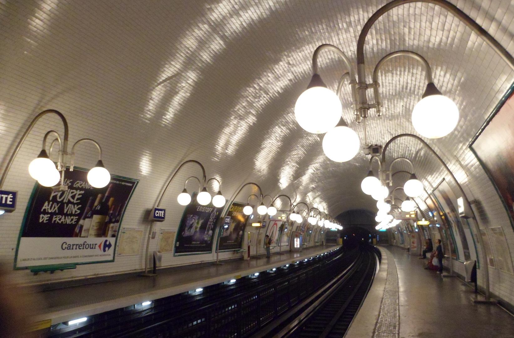Estacion del metro Citè
