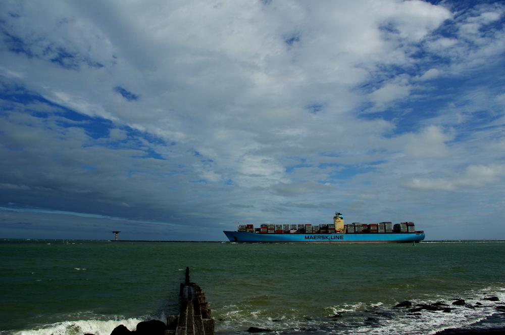 Estelle Maersk (2)