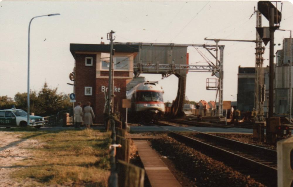 ET 403 Einfahrt Oldenburg Hbf Gegenseite