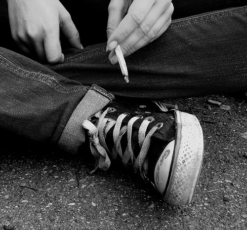 Et fumer toujours trop.
