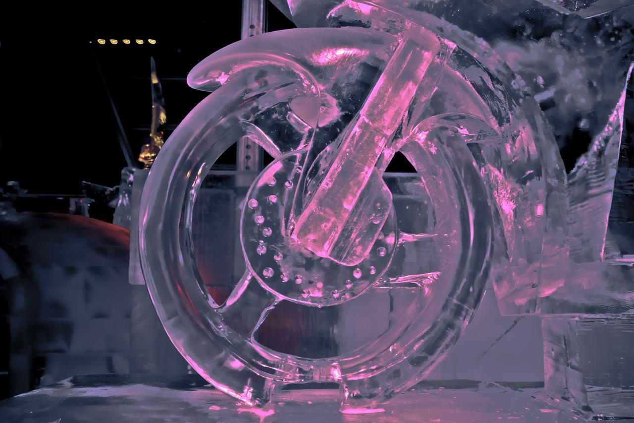 ..et roue glacée
