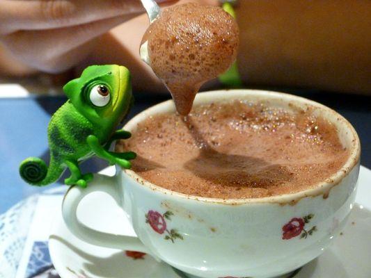 et un chocolat chaud pour pascal