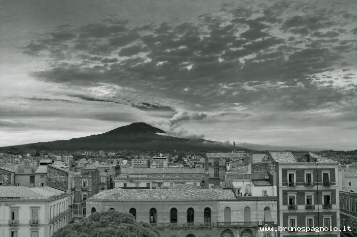 Etna vista da Catania
