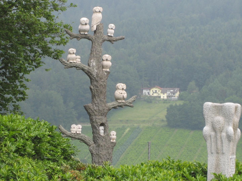 Eulen auf dem Baum
