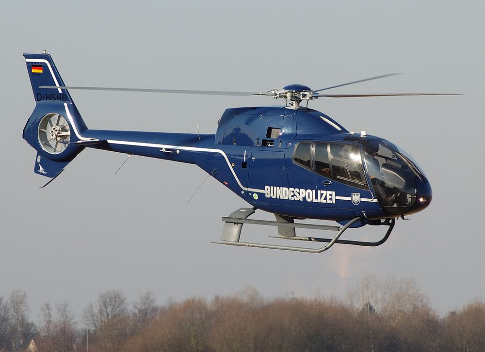eurocopter ec 120 der bundespolizei in bonn hangelar foto. Black Bedroom Furniture Sets. Home Design Ideas