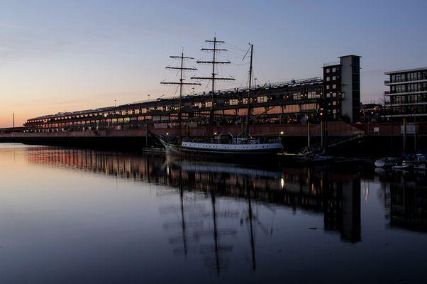 Europahafen am Abend