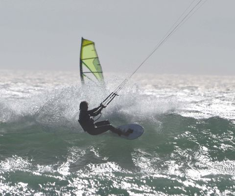 Evening Kitesurf at Sunset Beach - Capetown
