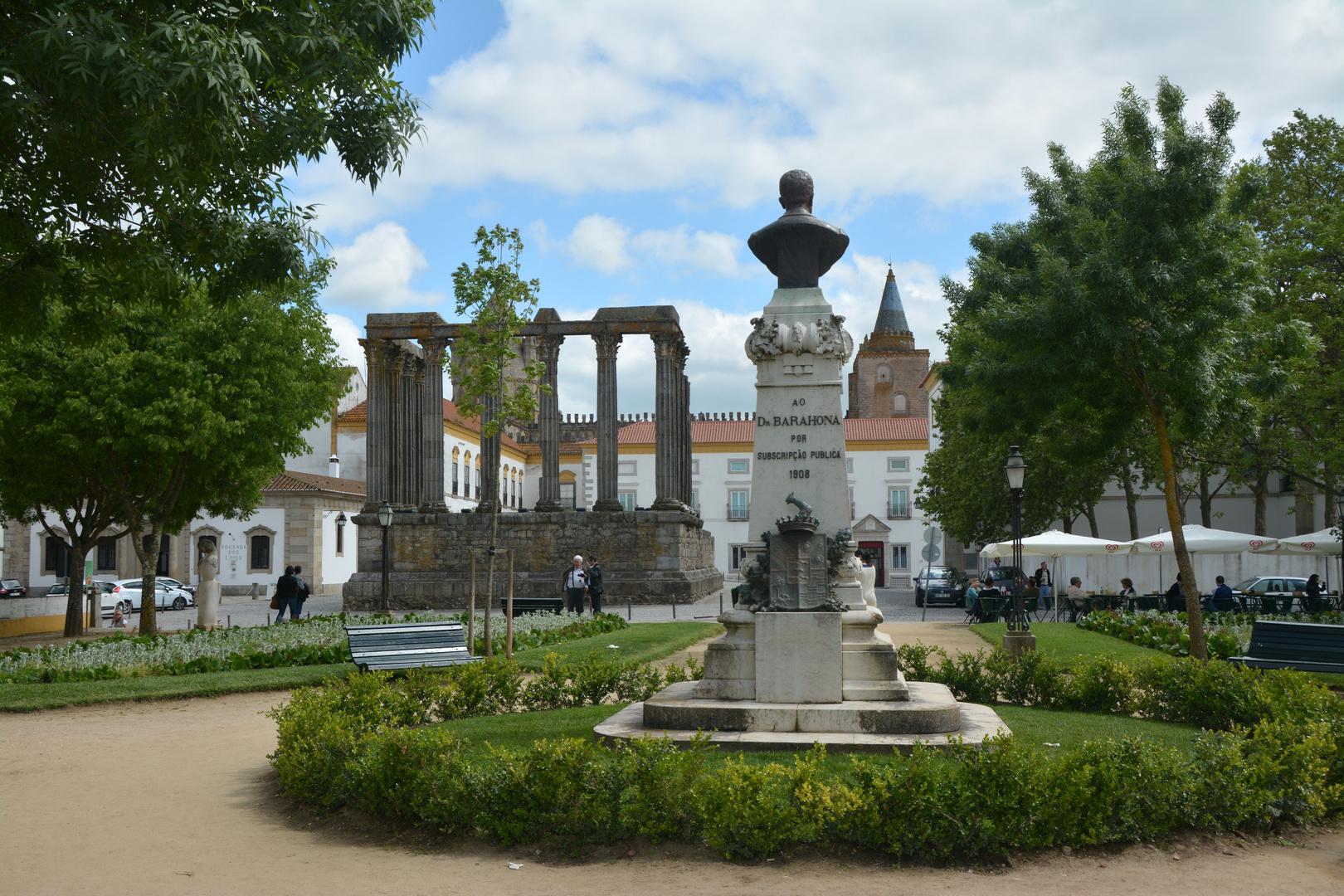 Evora ( Portugal) Diana Tempel