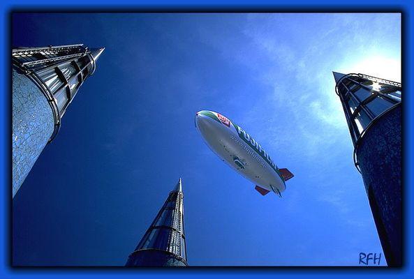 Ewig kreist der Zeppelin