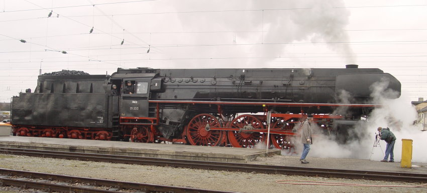 ex Reichsbahnlok 01 533 am 06.01.07 in Freilassing