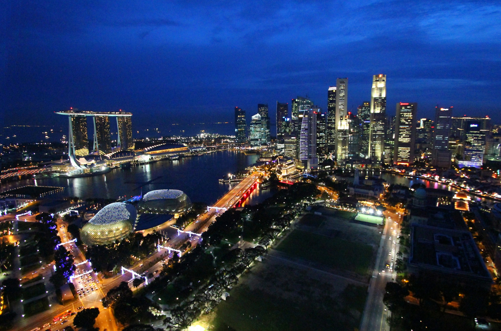 ..exclusive view from 50th floor of Swissotel-The Stamford