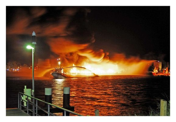 *EXPLOSION AM NORD-OSTSEE-KANAL*