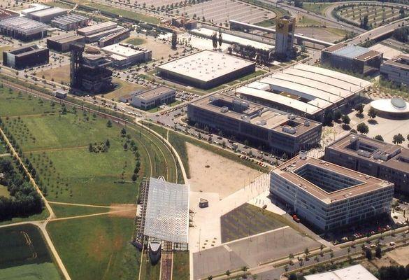 EXPO Ost - Dreiecksfläche