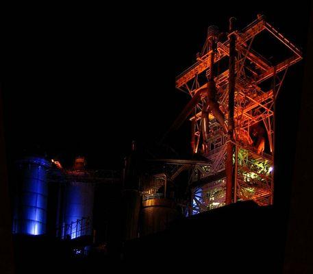(Ex)Stahlwerk bei Nacht - in Hattingen