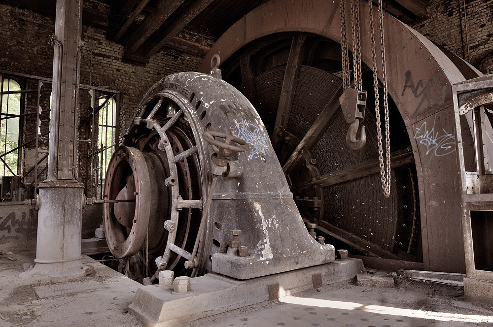 Extraction Machine