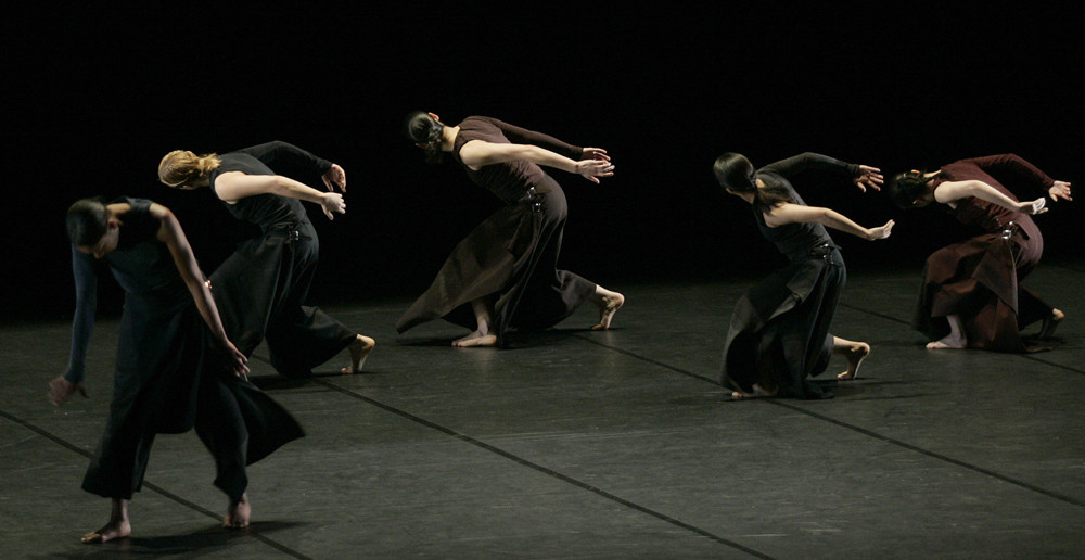 Extreme Beauty - Limon Dance Compagnie 6 (USA)