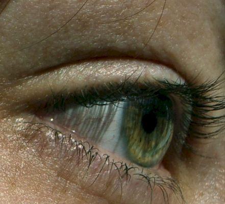 *^*eye*^*