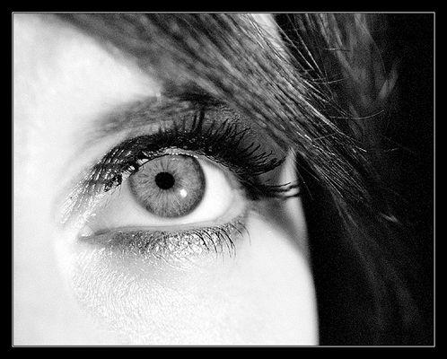 <<<eye>>>