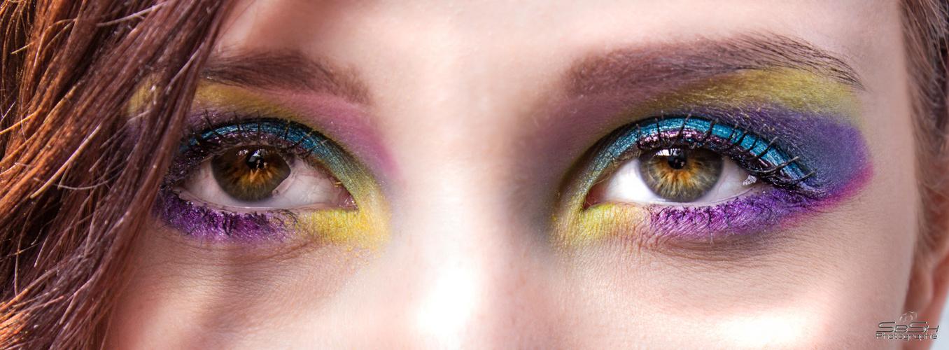 Eye of Veronika Rainbow Art (larger crop)