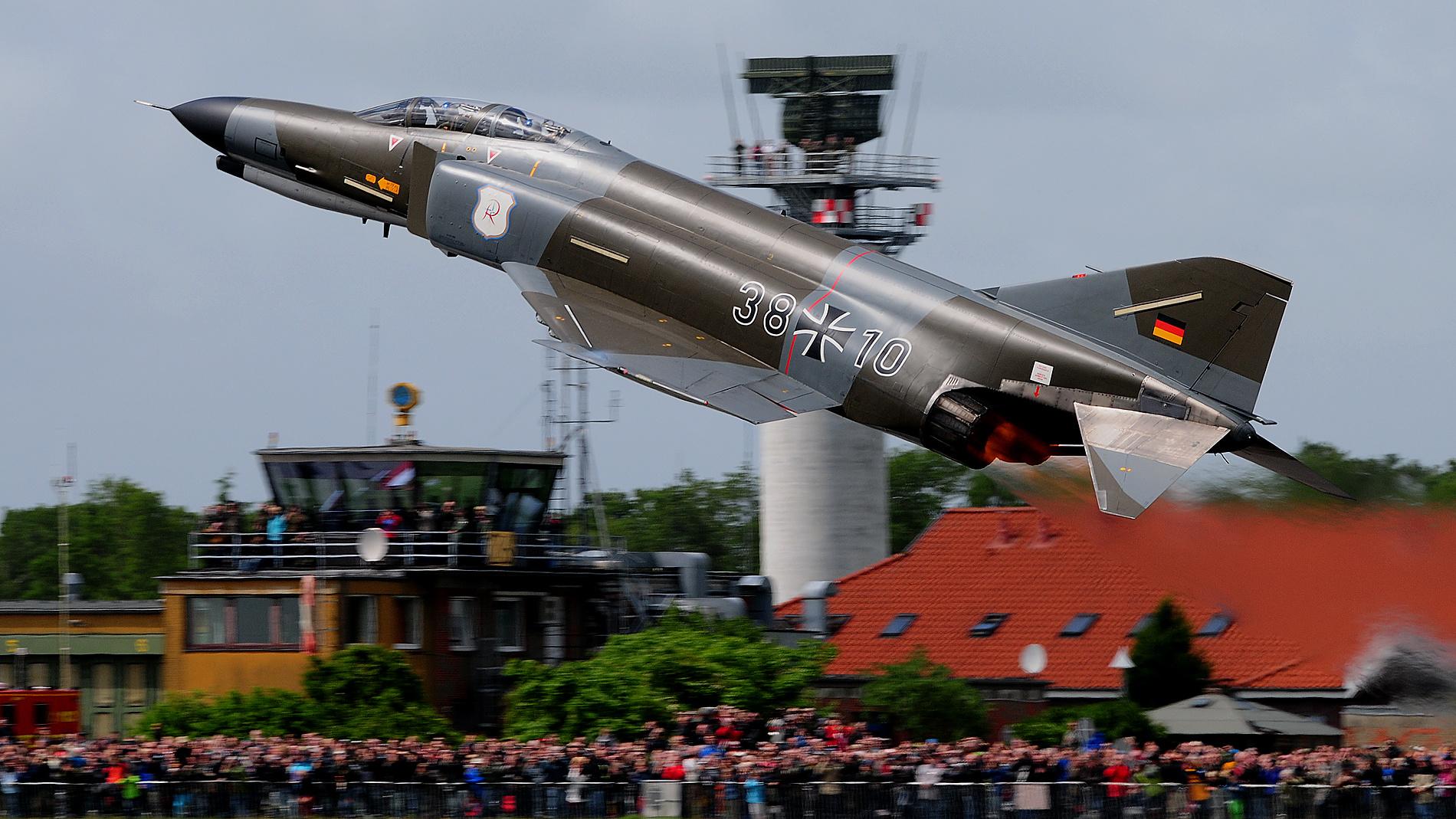 F-4f Phantom Fly Out 38+10