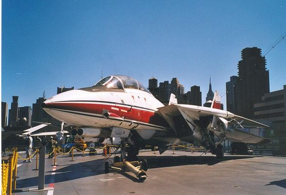 F14 Tomcat on Intrepid Sea-Air-Space Museum