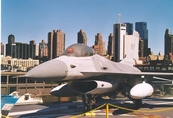 F16 Falcon on Intrepid Sea-Air-Space Museum