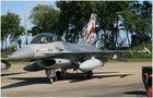 F16-Falcon    Open Dagen in Leeuwarden (Niederlande)