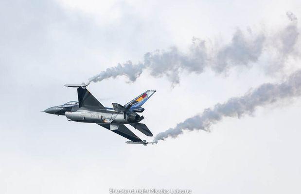 F16 Solo Display Belge