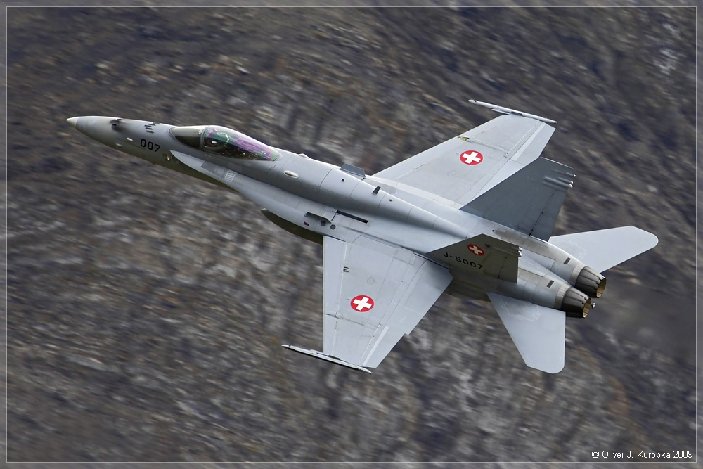 """F/A 18 """"Hornet"""" @ Axalp 2009"""