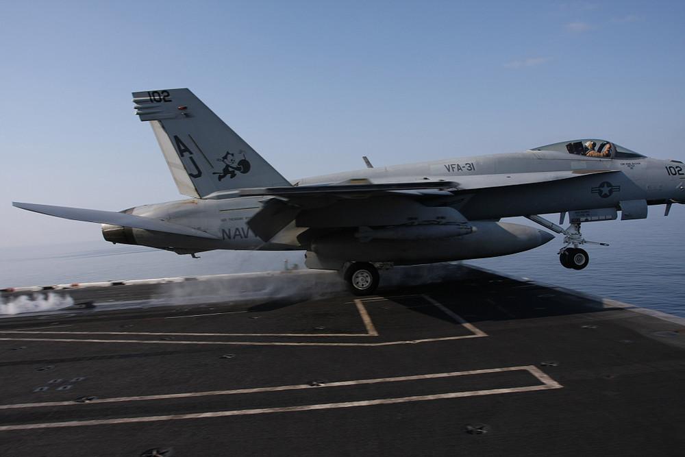 F/A-18F Lancio