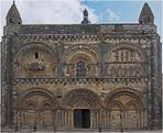 Façade de l'Eglise Saint-Nicolas de Civray (XIIème)