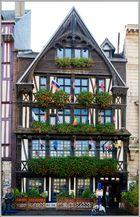 Façade du restaurant la Couronne à Rouen