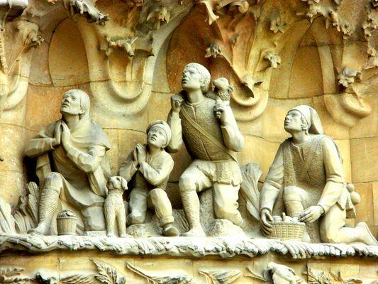 Facade Sagrada Familia