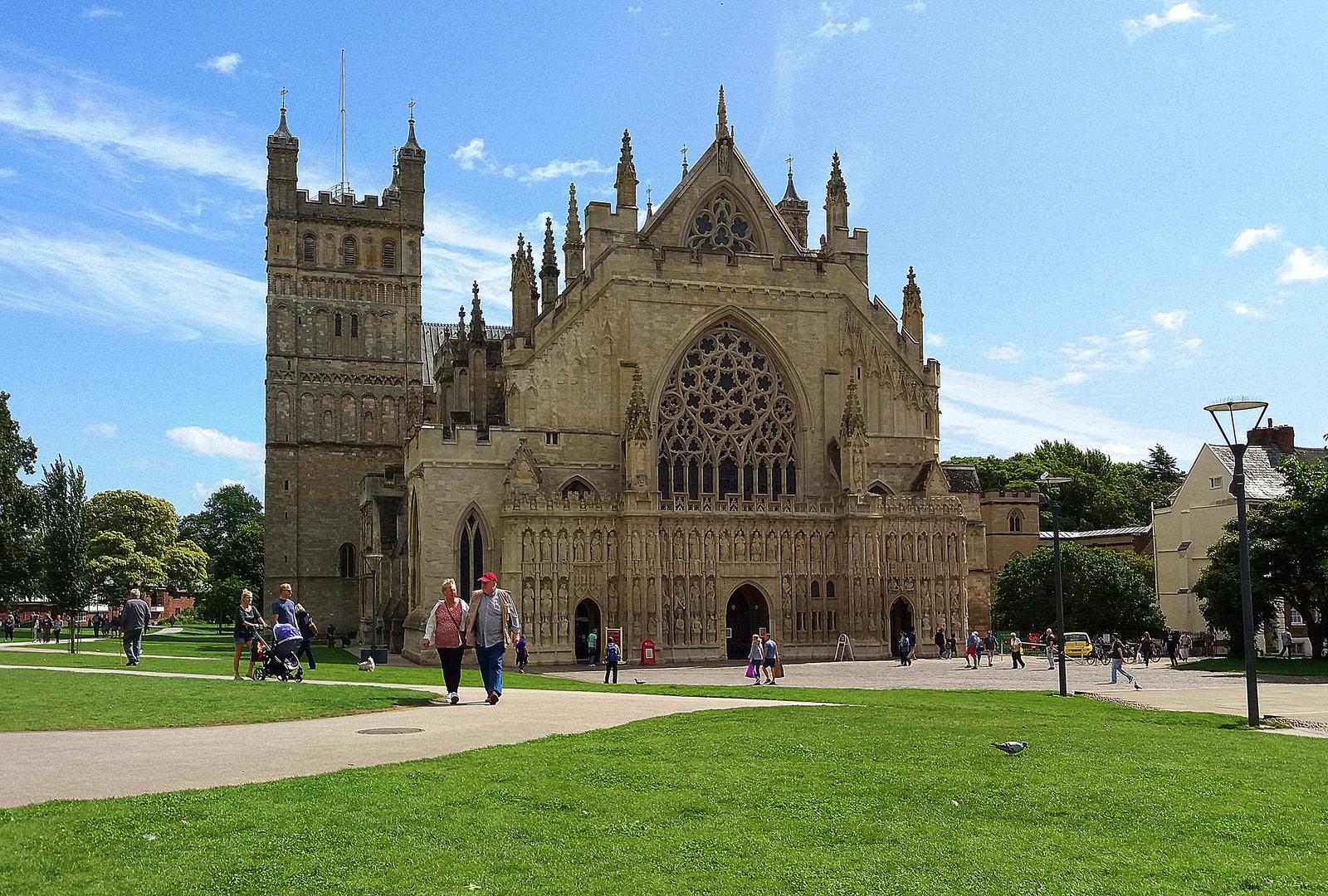 Facciata della cattedrale  di Exeter, nella Contea del Devon